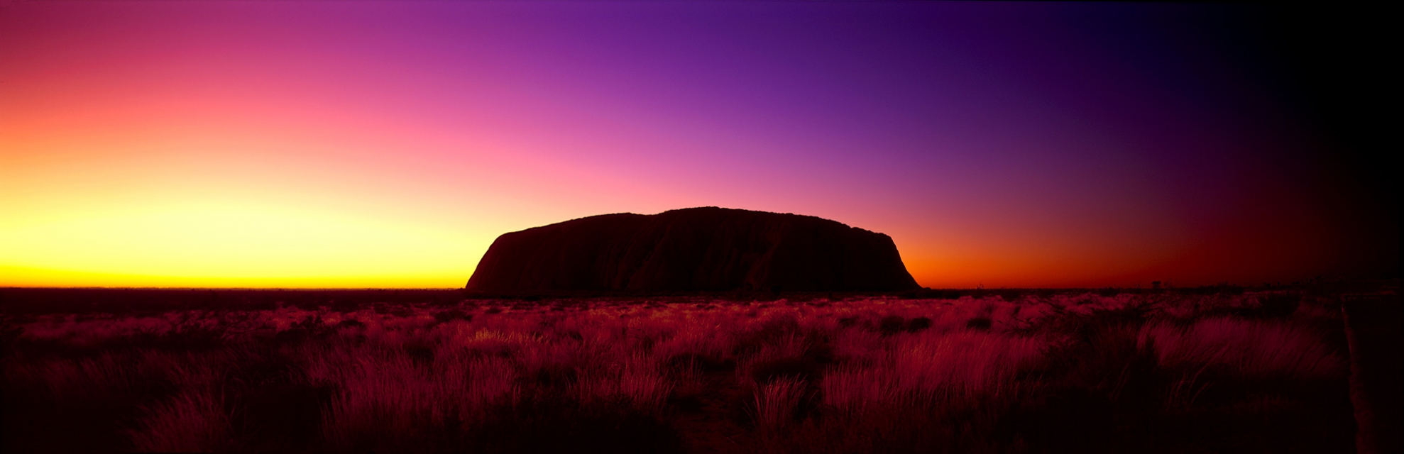 Ayers-Rock-Uluru-dawn-buy-limited-edition-photography-ric-steininger-Aura