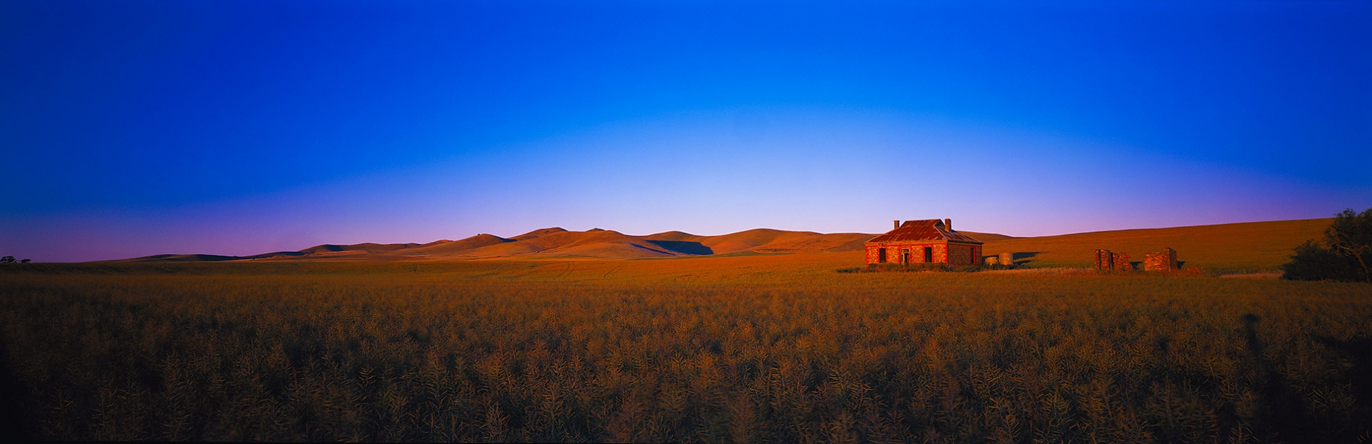 farm-house-south-australia-shack-buy-limited-edition-photography-ric-steininger-gallery-Hill-of-grace