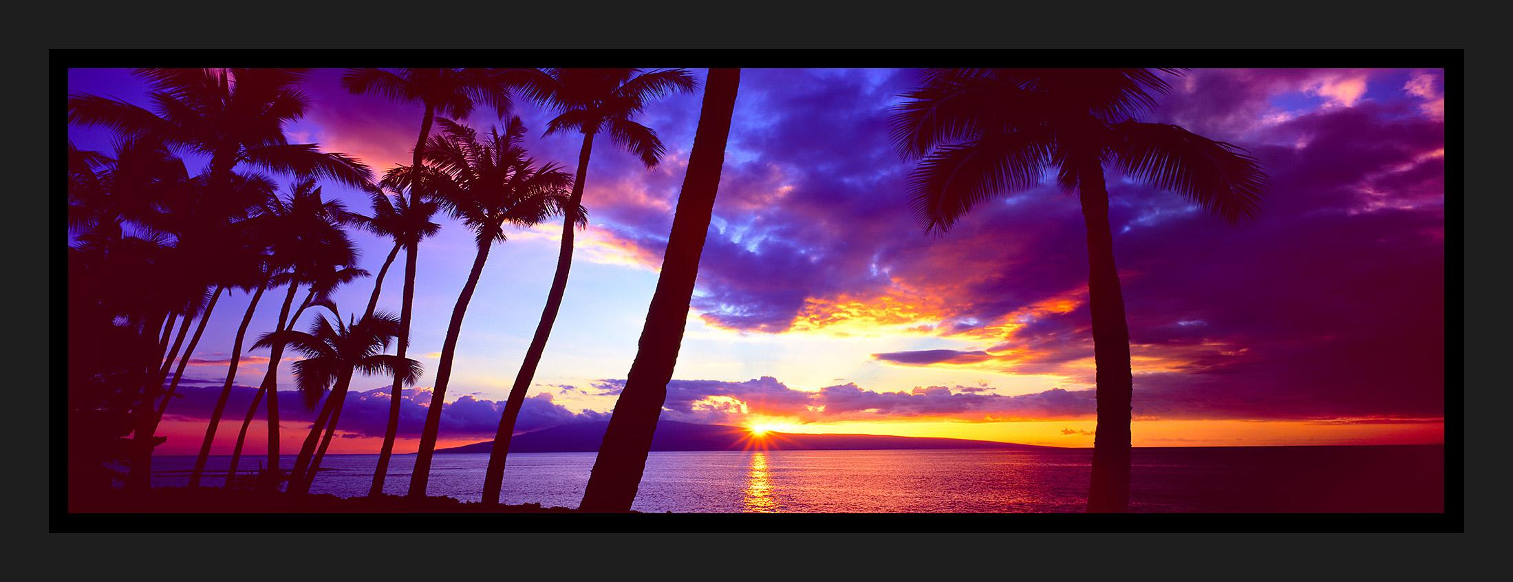 Maui Momnents